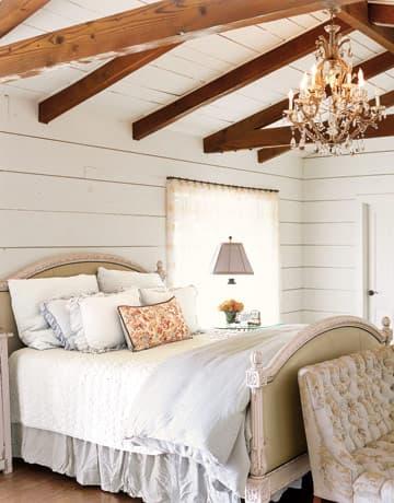Mobili a colori per la camera da letto romantica