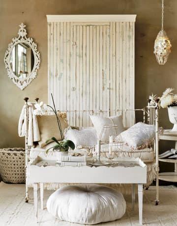 Come si può arredare la propria camera da letto in stile shabby chic?