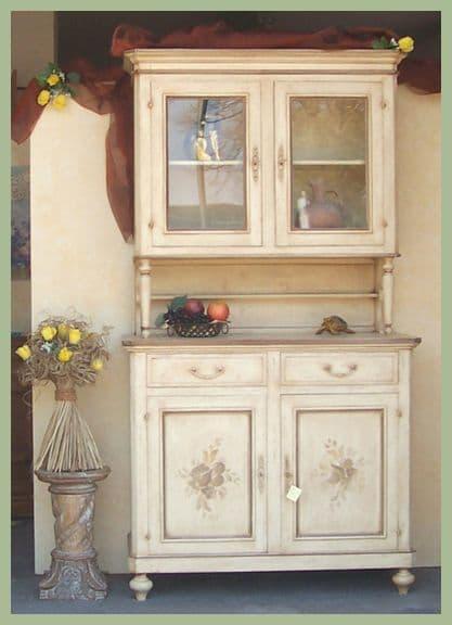 Credenze con vetrina decorate a mano - Mobili che passione ...
