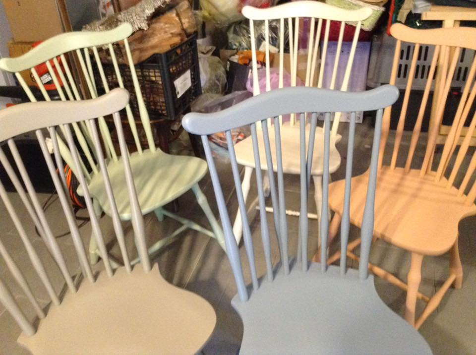 Sedie Dipinte A Mano : Sedie in legno in tanti colori dipinte a mano come vuoi tu