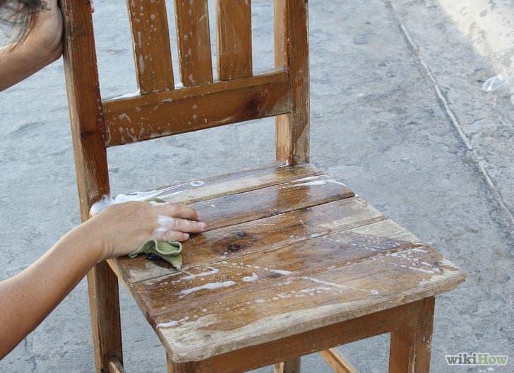 Con autentico chalk paint davvero non serve carteggiare - Pitturare legno senza carteggiare ...